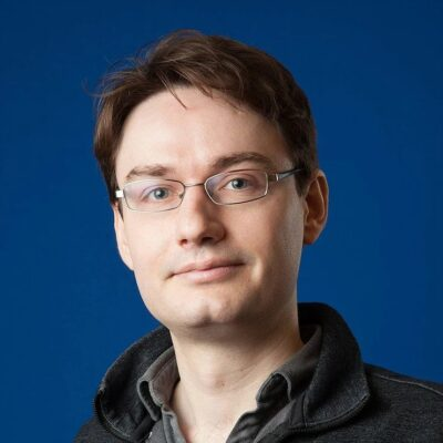 """""""There is nothing about AI that is anti-democratic"""" – François Chollet"""