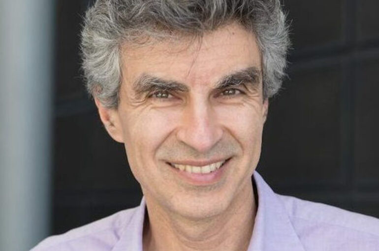 """""""It is not only AI that needs to be responsible. It is, above all, the humans deploying it"""" – Yoshua Bengio"""